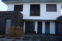 Fensterfront mit Raffstores / Kerpen-Manheim